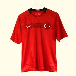 NWT Nike Dri-Fit Turkey Men Red Soccer Jersey XS